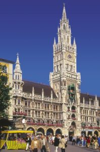 The New City Hall with its 85 m high tower and the famous Glockenspiel