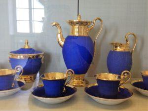 Wertvolles Kaffeeservice in Königsblau aus Nymphenburger Porzellan