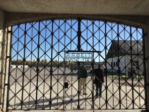 ARBEIT MACHET FREI - Eingangstor zur KZ-Gedenkstätte