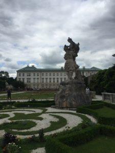 Schloß Mirabell mit Park