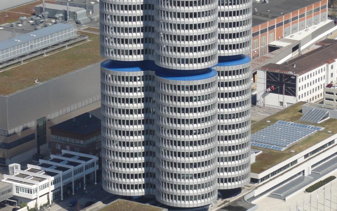 Münchens futuristische High-Light Towers