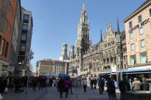 Zeitreise durch das Neue Rathaus München